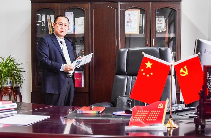 劳模风采:中国聚脲行业权威专家王宝柱